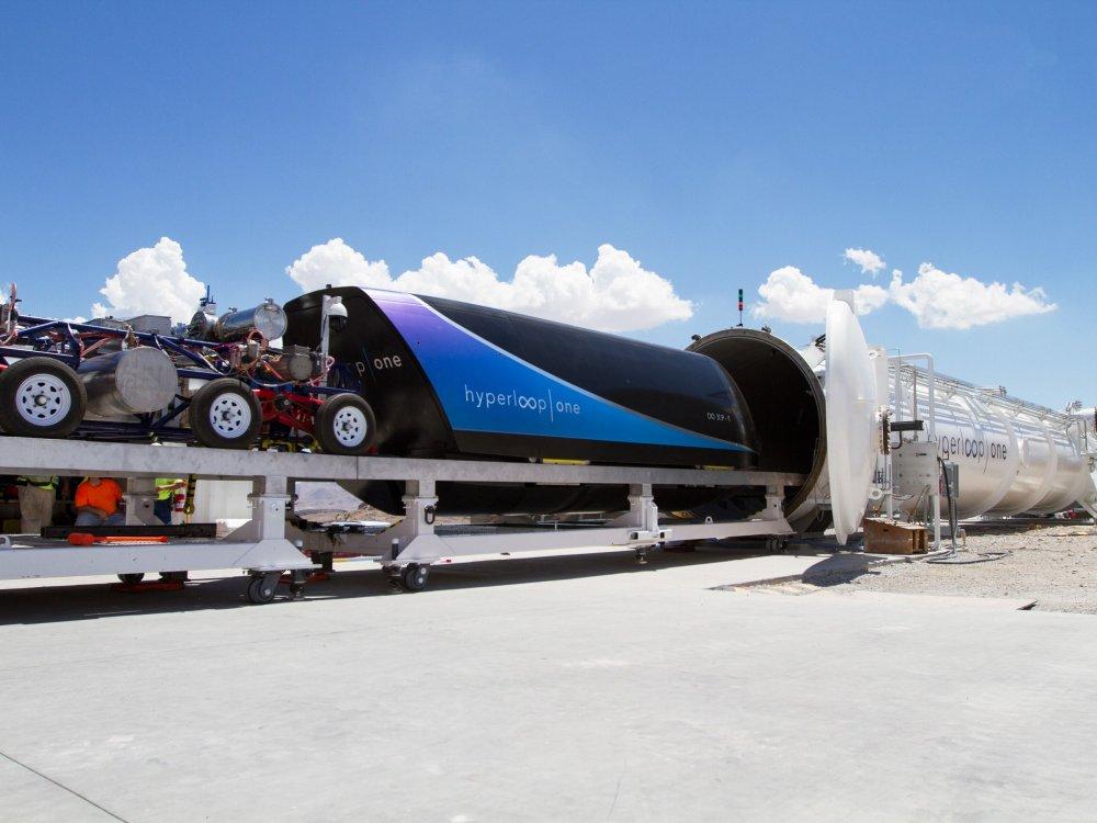 VirginHyperloopOne-TopArt.thumb.jpg.8e115648e7fc44fd3a23794794e36c40.jpg