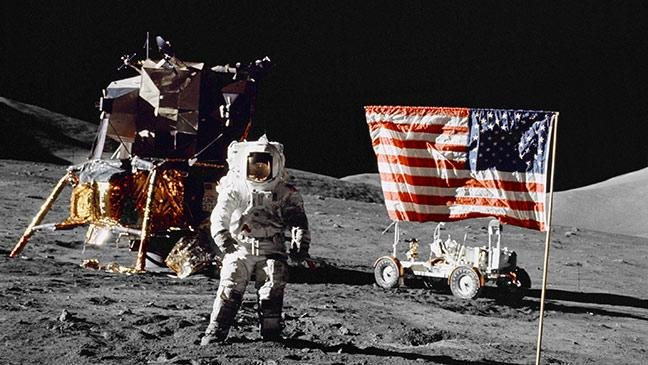 on-this-day-apollo-17-astronauts-are-last-men-to-walk-on-moon-136394952844603901-141212215753.jpg.d552a8edca88908f55418efd87d8e229.jpg